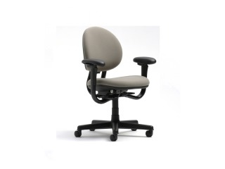 CRITERION MID-BACK CHAIR
